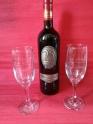 Set pahare pt aniversare cu sticlă de vin